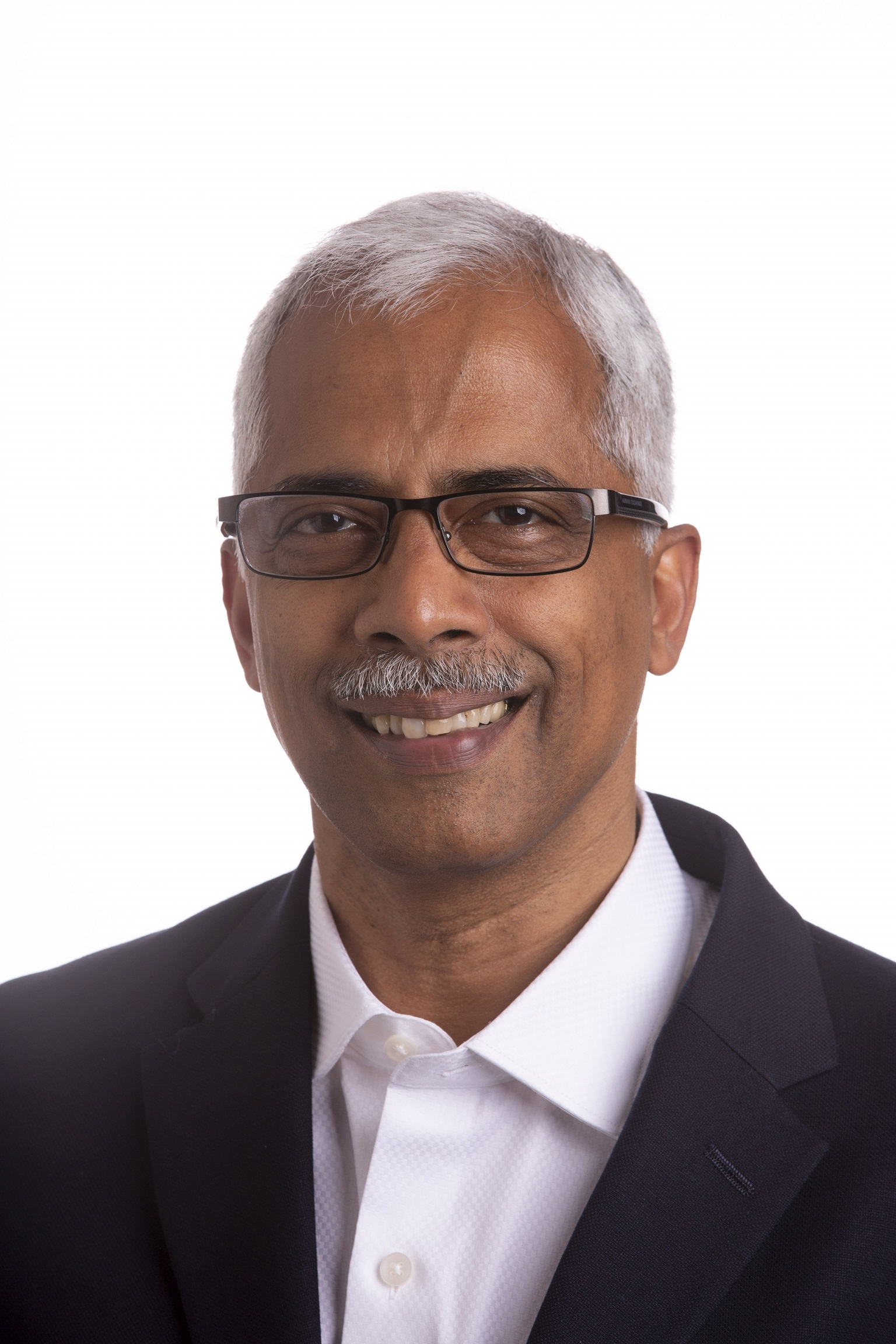 Photo of Raghu Krishnamoorthy